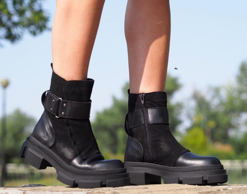 Woman genuine leather cubes/woman genuine leather boots/black genuine leather boties