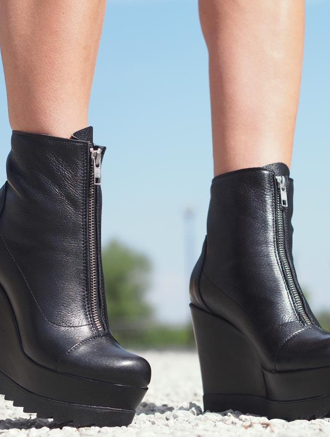 Black genuine leather boots/woman genuine leather boots/Genuine leather platform boots,Must have wedges,Genuine leather wedges